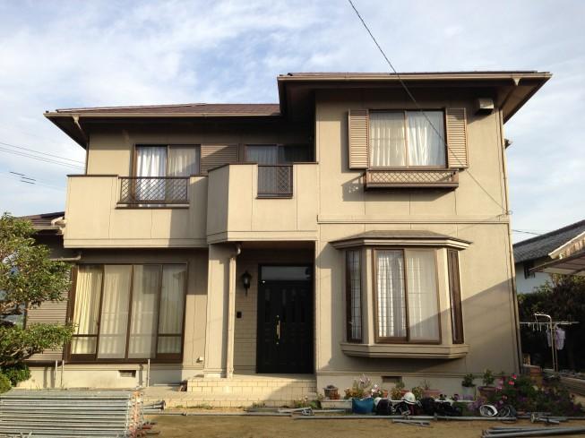 屋根も外壁もまるごとフッ素樹脂塗料で塗装!