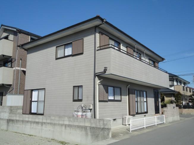 徳島市川内町T様 最近はやりの濃色仕上げで。